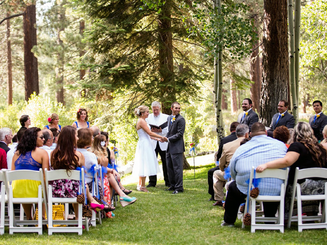 Wedding ceremony at Aspen Grove